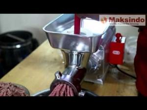 mesin giling daging taiwan maksindo pilihan untuk usaha bakso mesin bakso maksindo 300x225 Mesin Pembuat Bakso Maksindo Bisa Didapat di Bogor